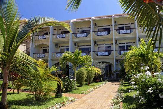The Hotel - Victoria Beachcomber - Beachcomber Resorts ...