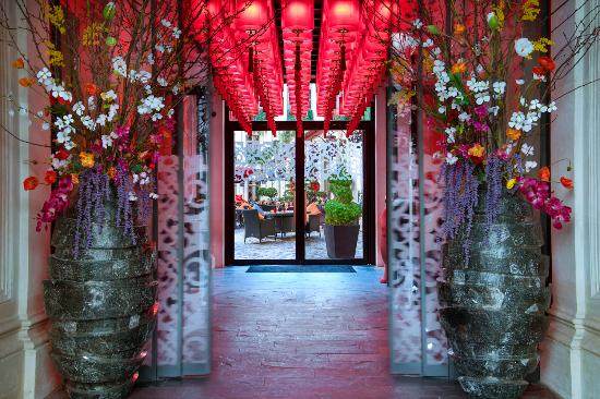 Welcome - Buddha-Bar Hotel paris