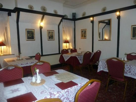 The Balmoral House: Dining Room