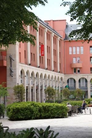 Hotel Ibis Epernay Centre Ville: Außenansicht