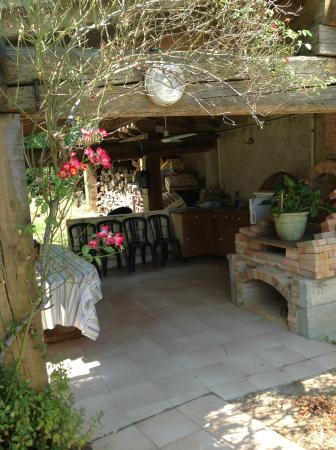 Cazilhac, Frankrike: la terrasse couverte
