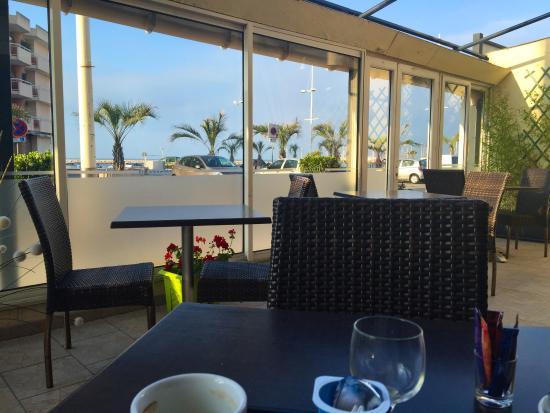 Hotel Le Carnon : Martin tranquille