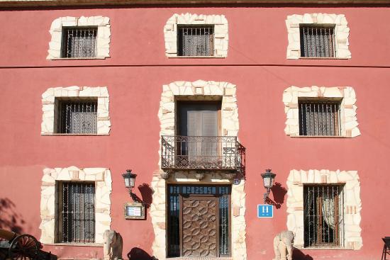 Hotel Restaurante Rural Caseta Nova: Puerta Principal