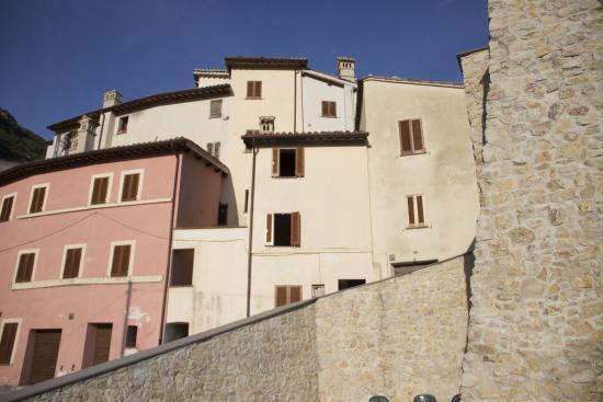 Pale, Italien: Vista del borgo