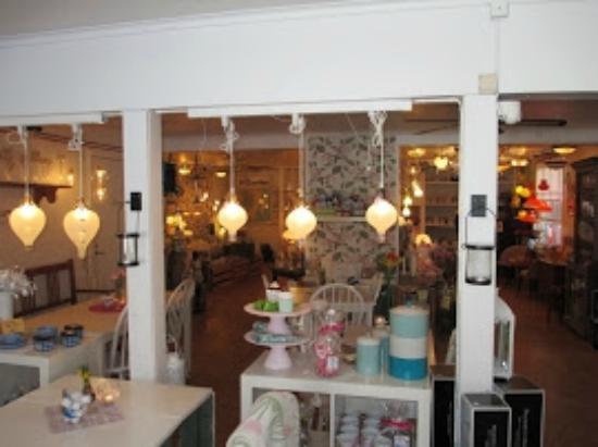 Rosdala Shop and Glassworks