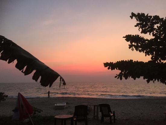 Mandala Beach House & Cottages: view from our recovery hut