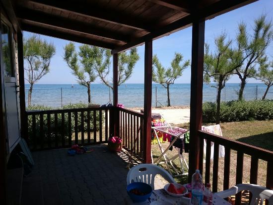 Villaggio Europa: Vista mare e bungalow