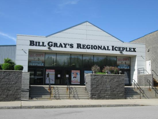 ‪Bill Gray's Iceplex‬