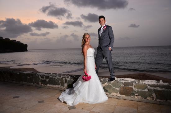 Sandals Regency La Toc Excellent Photographers And Videographers For Weddings