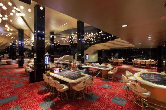 Radisson casino bally black and white double jackpot slot machine