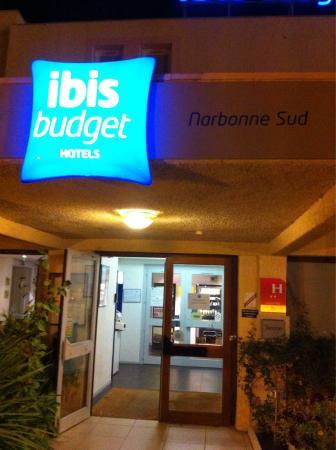Ibis Budget Narbonne Sud: L'entrée