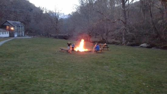 YHA Kings: Campfires encouraged