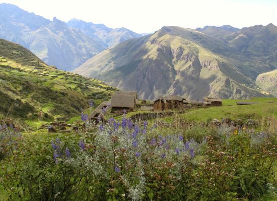 Huarán, Perú: Huchuy Quesqo Day Hike