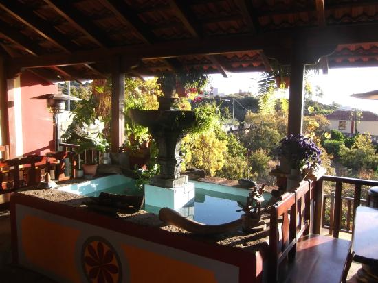 Hotel Rural Finca la Raya : terrace dining area