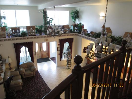 Lighthouse Inn : lobby