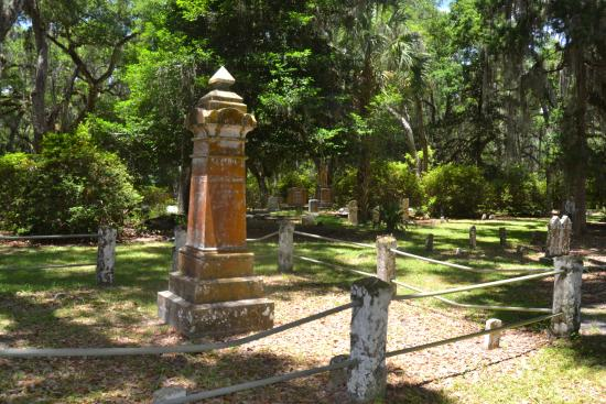 One of the Few Monuments @ Micanopy Cemetery (correct spelling)