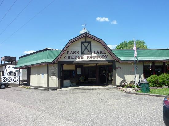 Somerset, WI: Bass Lake Cheese Factory
