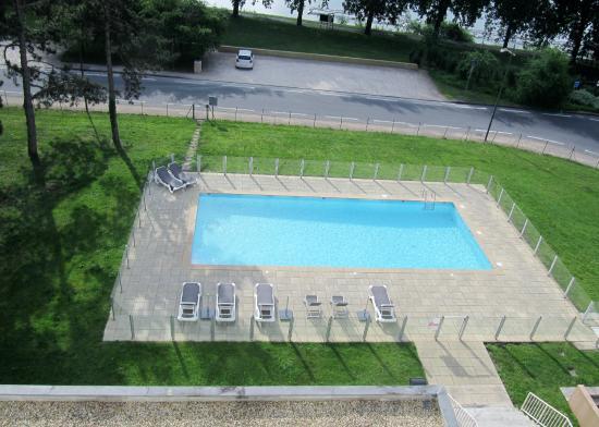 Mercure Macon Bord de Saone : la piscine