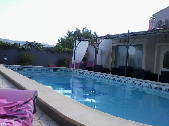 Hotel L'Oasis: relax sopo una giornata in giro per la provenza