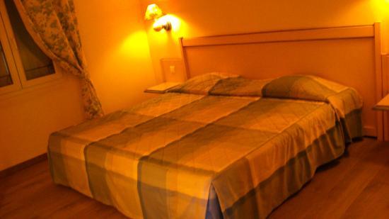 ResidHotel Grand Avignon: Chambre