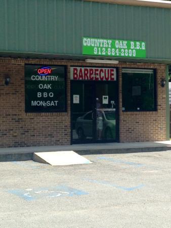 Country Oak Barb-Q