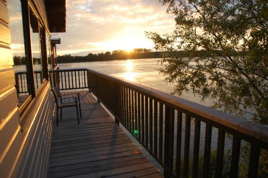 Coucher de soleil sur la garonne picture of la maison du - La maison du kilim ...