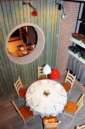 Rozafa Clasic Restaurant