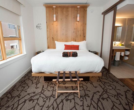 HOTEL VERMONT Updated 48 Prices Reviews Burlington TripAdvisor Impressive Burlington Bedrooms