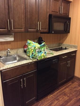 Homewood Suites by Hilton Birmingham-SW-Riverchase-Galleria : Clean, beautiful hotel!!!!!