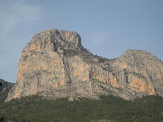 Jalon Valley : Lion Mountain