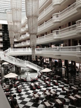 Cleopatra Palace Hotel Photo