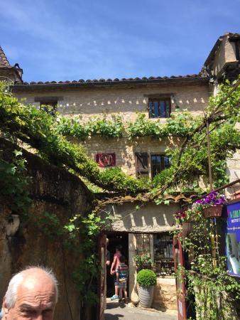 Chateau de Saint-Cirq-Lapopie Picture