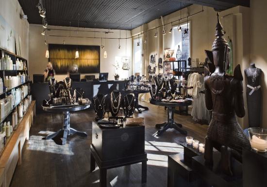 แลมเบิร์ตวิลล์, นิวเจอร์ซีย์: Shop our boutique
