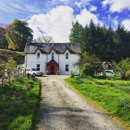 Inverardran Guest House: Front