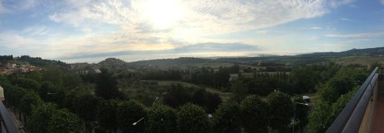 Hotel Miralaghi: Вид из окна