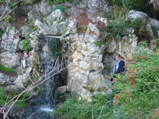 Grotte picture of jardin des plantes nantes tripadvisor for Resto jardin des plantes