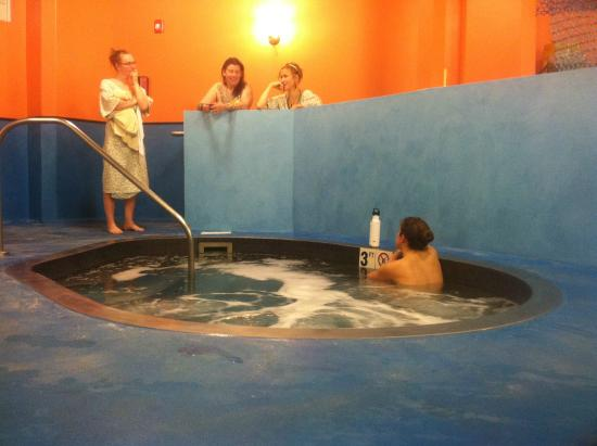 Ladwell's Vitality Spa & Sauna