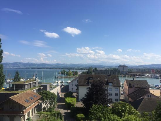 Schlosshotel Romanshorn: Nice room, nice view, nice staff, big room i would definitely recommend it.