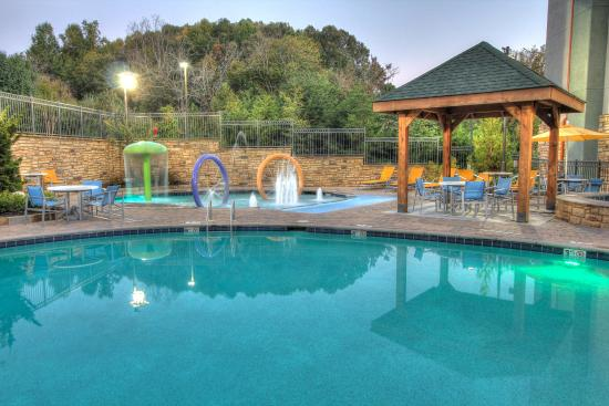 Hampton Inn Pigeon Forge: Outdoor Pool
