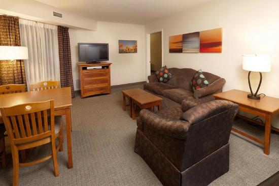 Staybridge Suites San Antonio NW Medical Center: Two Bedroom Common Area Dining and Living Space