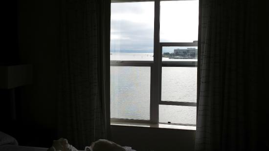 Residence Inn San Francisco Airport/Oyster Point Waterfront: Water View