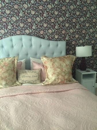 Darlington House Bed and Breakfast: The rooms are all different, newly remodeled and SO comfortable!