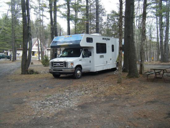 Saugerties/Woodstock KOA Campground : Pitch