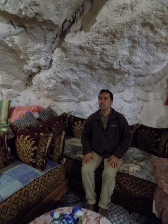 Dar KamalChaoui: Kamal in one of the cave houses