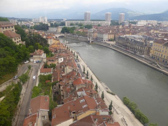 Bastille : Panoramique sur toits