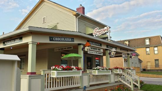 Emery's Ice Cream: Outside View of Emery's