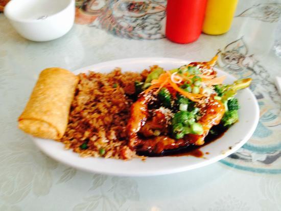 Thai Room Restaurant : Sesame Chicken
