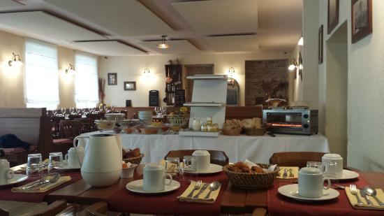 La Cote des Monts Damnes: ottima colazione