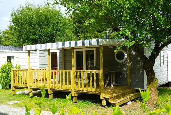 camping les pins royan updated 2018 campground reviews saint palais sur mer france. Black Bedroom Furniture Sets. Home Design Ideas