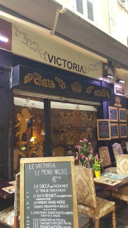 Le Victoria: Front of restaurant